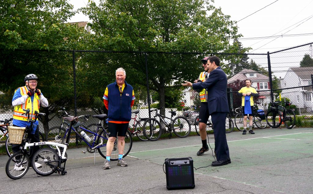 Lynn mayor and Malden mayor at the start of the ride.